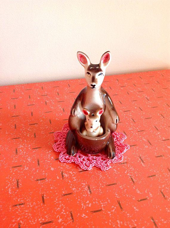 Kangourou Vintage salières et poivrières par JackieetJohn sur Etsy