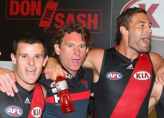 Last-gasp Bombers shock Hawthorn with gutsy two-point win | theage.com.au