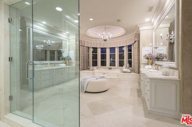 46 Beverly Park Cir Beverly Hills Ca 90210 6 Beds 7 Baths In 2020 Bathroom Design Luxury Beverly Park Luxury Bathroom