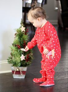 Holiday Pjs | Carter's baby clothes | Christmas pjs | Holiday fashions | Mini fashions | #lovecarters #ad