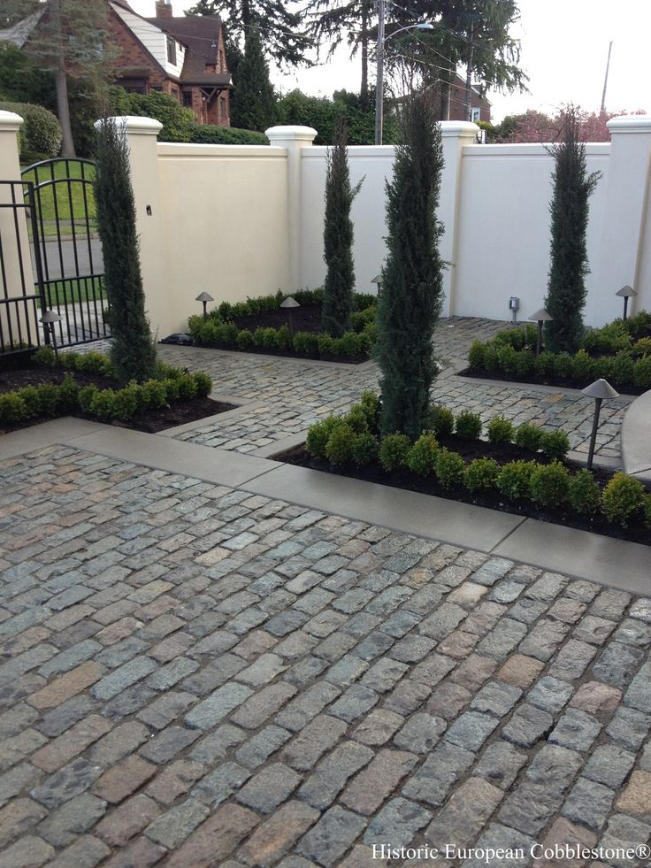 "Antique granite cobblestone, 4"" x 7"". Project located Seattle WA. Granite Cobblestone 