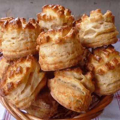 Simone tepertős-sajtos pogácsája