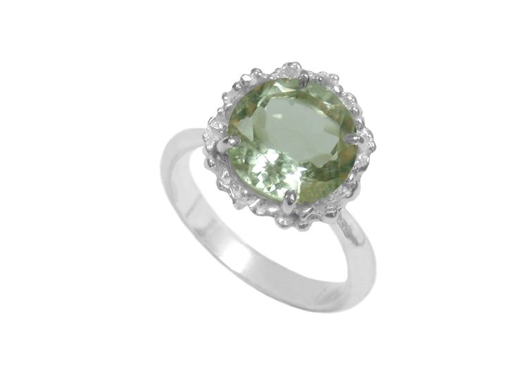 Ring with Green Amethyst