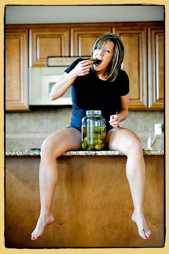 Maternity pictures ideas - hahahah only mine would be FRIED pickles! Gosh i love me some fried pickles.. sucks that Michael and Alonso both no longer work with me. They were the only 2 who'd make me them at work. =( I could ask Michael for some from his work, but they dont travel well lol kinda like fries. Fried pickles get all soggy when wrapped up. (gross)