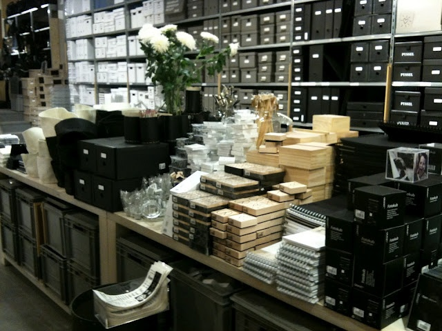 Muji mobili ~ 25 best muji images on pinterest muji shops and retail