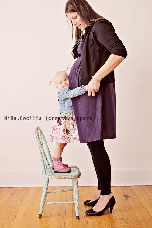 mother and daughter maternity family children photography poses |Pinned from PinTo for