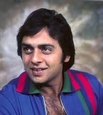 Vinod Mehra | DOB: 13-Feb-1945 | Amritsar, Punjab | Occupation: Actor, Director, Producer | #februarybirthdays #cinema #movies #cineresearch #entertainment #fashion