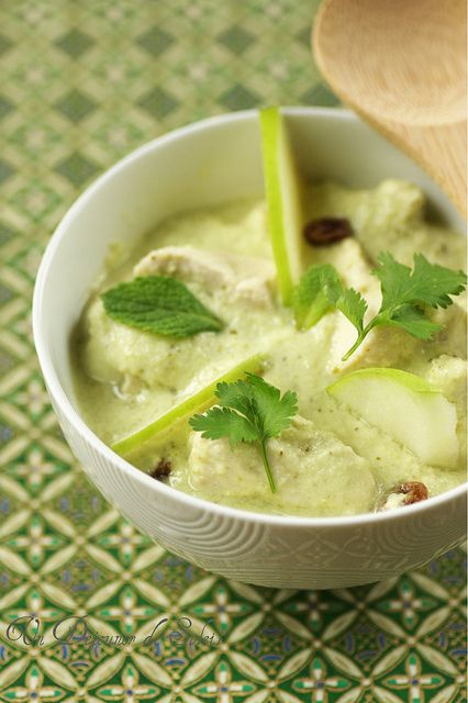 Poulet Balti, sauce Hara Masala (au yaourt, pomme et gingembre)