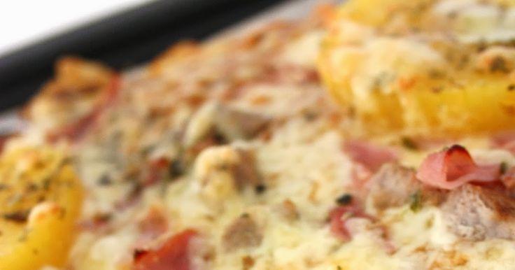 Supergod pizzadeg med durumvetemjöl.   Degen räcker till 2st ugnsplåtsstora pizzor.    25 g jäst   2 dl vatten   1 msk honung   1 tsk sa...