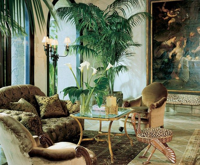 Jungle Themed Living Room Adorning House With Natural Nuance
