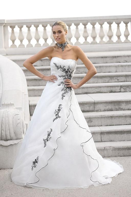Bruidsjurken, trouwjurken, bruidsmode van Ladybird 32040