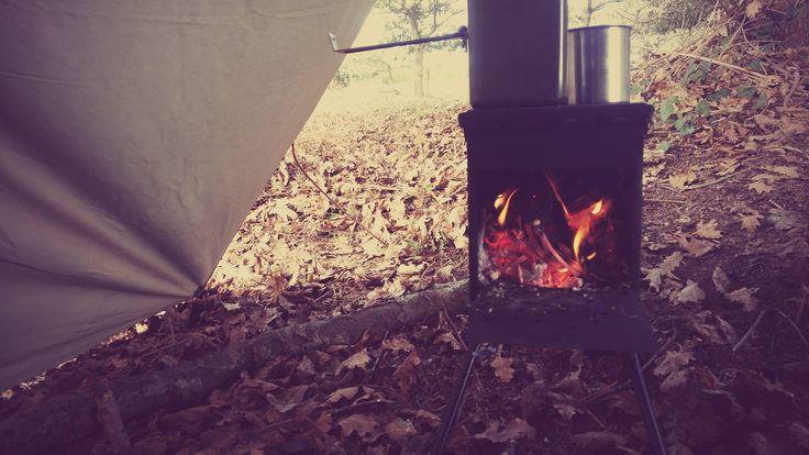 Ani4x4 #camping #survivalskills #wintersurvival #ammocanstove #estufa de madera con caja de munición #DIY #woodenstove #bushcraft