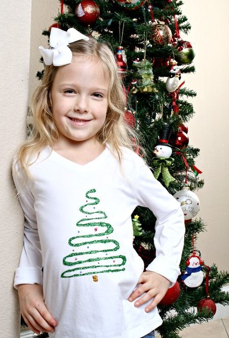 DIY Christmas Shirt for Kids-Make these together as a holiday craft at a Christmas party. Then where them all season long for parades and family events.