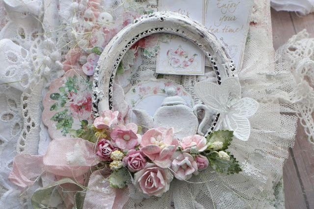 """Привет, мои дорогие! У нас в """"Шебби шик"""" вышло новое задание """"Цветут сады""""!   Цветы- это один из любимых мною элементов! Они в большом количестве красуются практически на всех моих работа"""