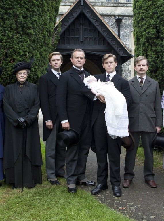 A Crawley family portrait. Season 3