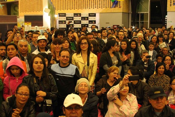 Nuestro público, al que nos debemos.  Crédito: Juan David Padilla  FILBo Pabellón Juvenil Mincultura  2012  Abril 29 2012