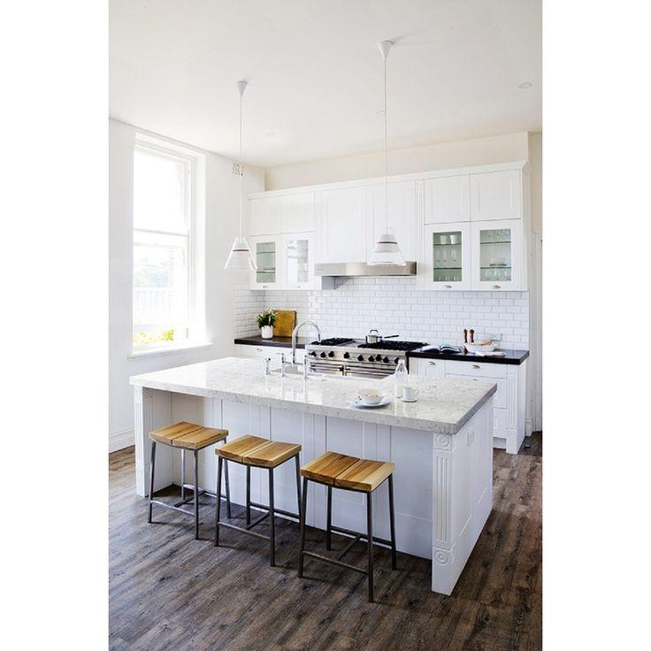Kitchen Pictures With Quartz Countertops: White Quartz Countertops, Porcelain Tiles And