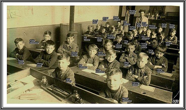 Derde studiejaar bij Meester Breban (de Rosse) jongens geboren in 1944.