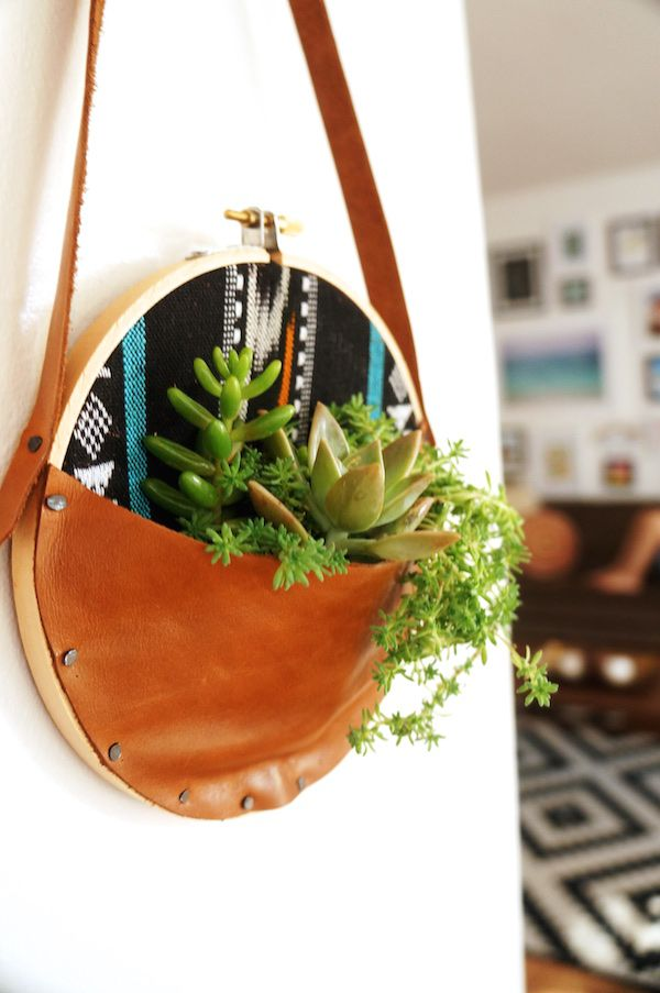 leather & embroidery hoop succulent wall hanger >> so cute!
