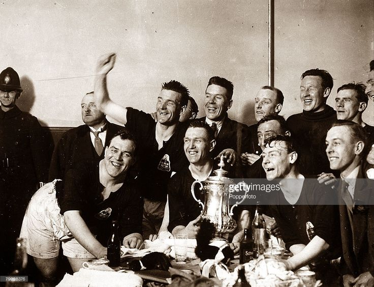 Sport, Football, 1928 FA Cup Final, Wembley, London, England, 21st April 1928, Blackburn Rovers 3 v Huddersfield Town 1, The jubilant Blackburn Rovers players show off the FA Cup trophy in the dressing room after their victory