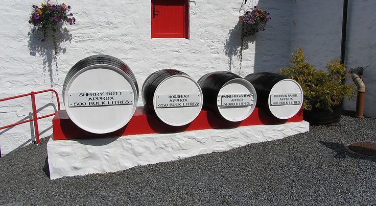 Luxury activities to do in Scotland - Edradour whisky distillery