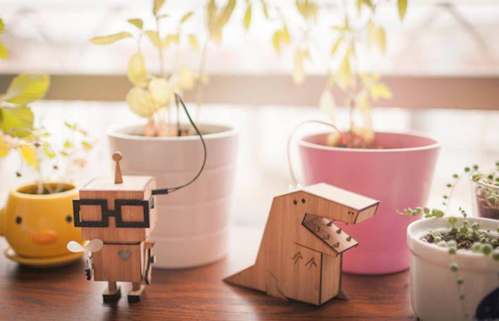 Wooden Figurines Reminders – Fubiz Media