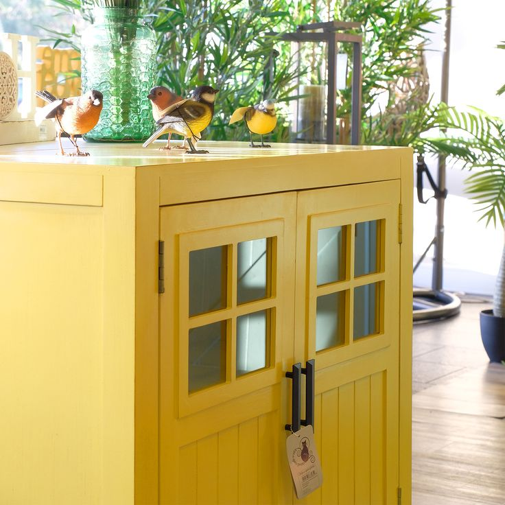 Armário Farm 2 portas Amarelo 80 x 38 x 78,5 cm   referência 102368585   A Loja do Gato Preto   #alojadogatopreto