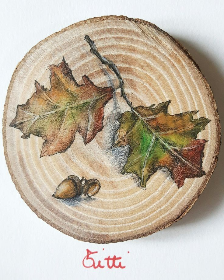 Leaves and autumn on the wood