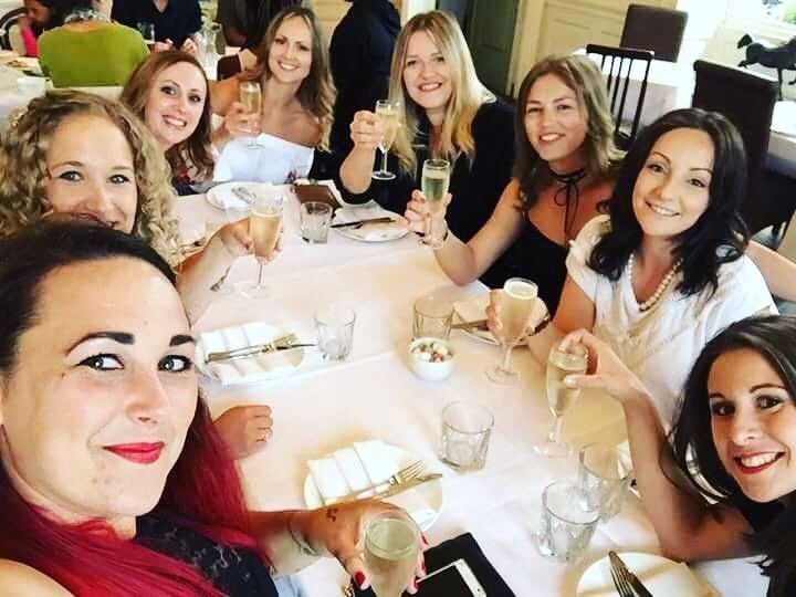 Prosecco Brunch with all the girls. You can find out more about our Bottomless Brunch Menu by visiting our website: http://ift.tt/1ycTWDi. Photo courtesy of @siani_2 #ProudCountryHouse #StanmerPark