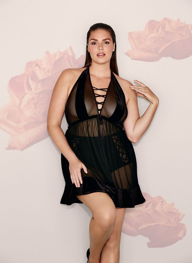 looking to heat things up this valentines today we share our favorite plus size lingerie - Plus Size Valentine Dresses