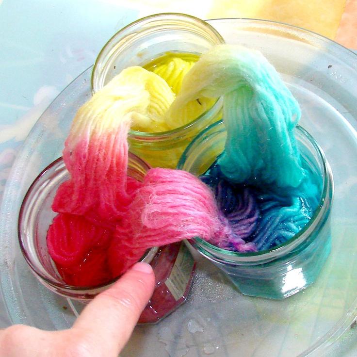 Bambole waldorf di stoffa - waldorf dolls : free tutorial -come tingere il filato di lana in casa