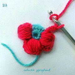 Puffy Flower Tutorial: Free Tutorials, Puffy Flower, Free Crochet Flower Patterns, Crochet Flower Tutorials, Crochet Puffs Stitches Flower, Puffs Flower Crochet Patterns, Molly Flower Tutorials, Crochet Puffy, Daisies Tutorials