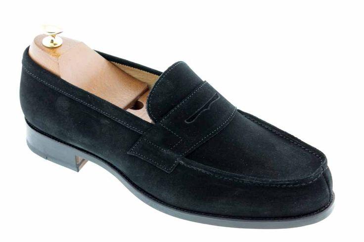 Center 51 vous présente le modèle  Mocassin Johann 1961 daim noir à 105,00 €  retrouvez-le sur https://www.center51.com/fr/mocassins-pour-homme/44-mocassin-johann-1961-daim-noir.html