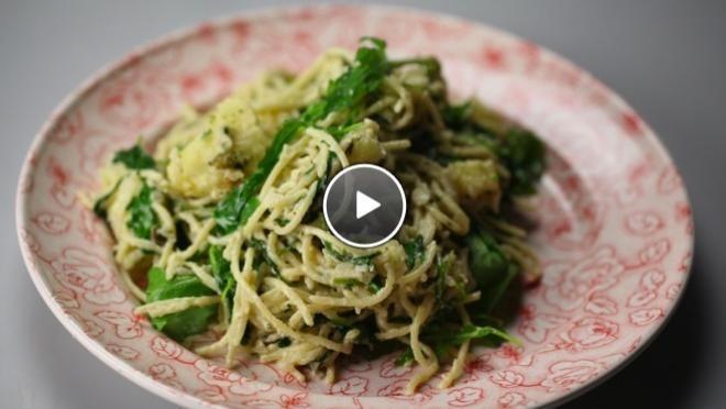spaghetti met gebakken pastinaak & kappertjessaus - recept | 24Kitchen
