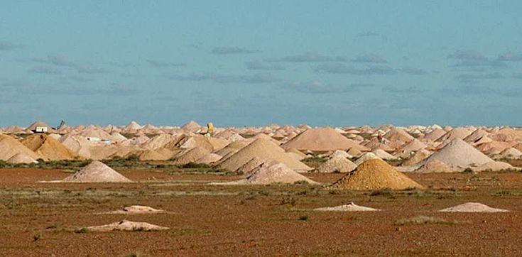 Coober Pedy , Australia.  Holes. Mining village
