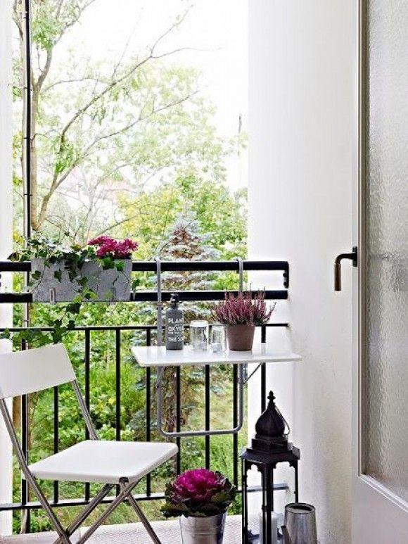 La semana pasada veíamos una serie de terrazas con cuatro elementos clave para hacerlas más acogedoras y encantadoras. ¿Os acordáis de cuáles eran?
