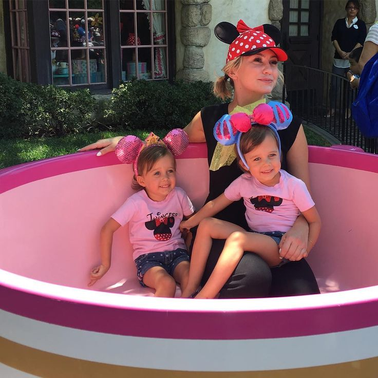 Chelsea, Sura and Kayleigh Harris looked like they had a magical day at Disneyland!  | Baby Daddy