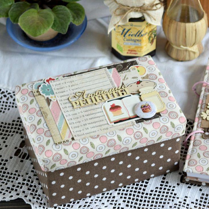 Купить КОРОБОЧКА ДЛЯ ХРАНЕНИЯ РЕЦЕПТОВ - коричневый, кулинарный сувенир, кулинарная книга, кулинарный блокнот