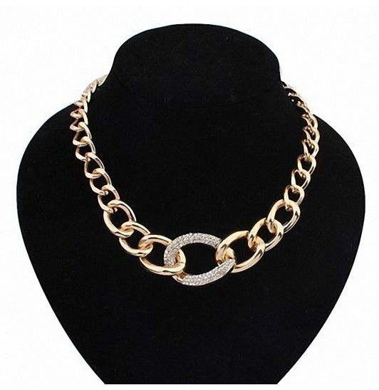 Halsband - kedja - guldfärg