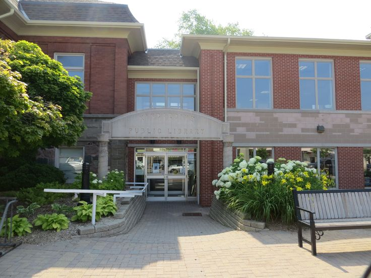 Bruce County Public Library, 727 Queen Street, Kincardine, ON