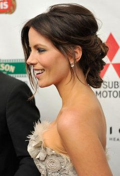 Kate Beckinsale low updo