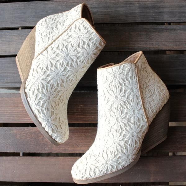 very volatile - summery womens lace ankle boots in ivory - shophearts - 2