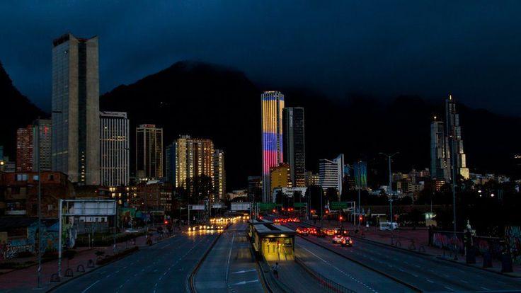 Torre Colpatria en Bogotá, Colombia.