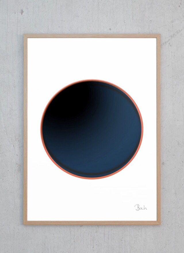 Plakaten er designet af Maj-britt Bach. 50x70 | justspotted.dk 399kr