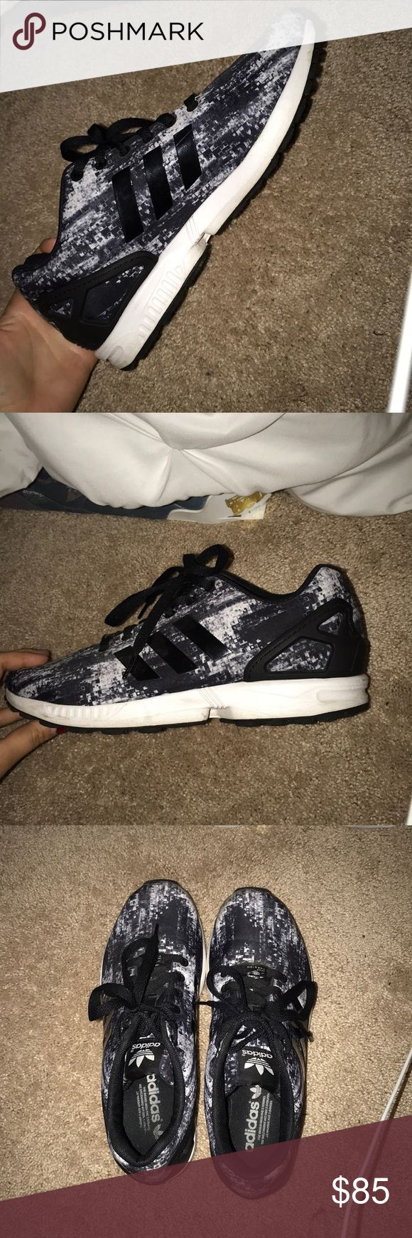 adidas tennis shoes prefect condition! worn maybe twice. perfect condition! selling bc i don't ever wear them! adidas Shoes Athletic Shoes