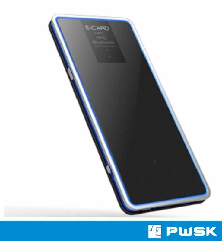 Poręczny, lekki  Czytnik RFID Bluetooth zintegrowany z anteną,  o bardzo dobrym odczycie,  stosowany np w inwentaryzacji czy kontroli dostępu.