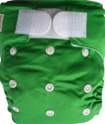 Happy Babes GREEN One Size Nappy is a Modern Cloth Nappy (MCN) that can be worn from birth to toilet training. The One Size Nappy has plastic snaps on the front of the nappy allowing the rise of the nappy to be adjusted as your baby grows from birth to toilet training. Pocket Nappies consist of a waterproof outer which is usually a polyurethane laminated polyester and a cotton micofibre lining that is extremely soft against the baby's skin.
