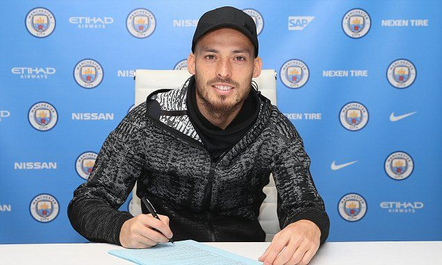 Manchester City star David Silva signsone-year contract extension