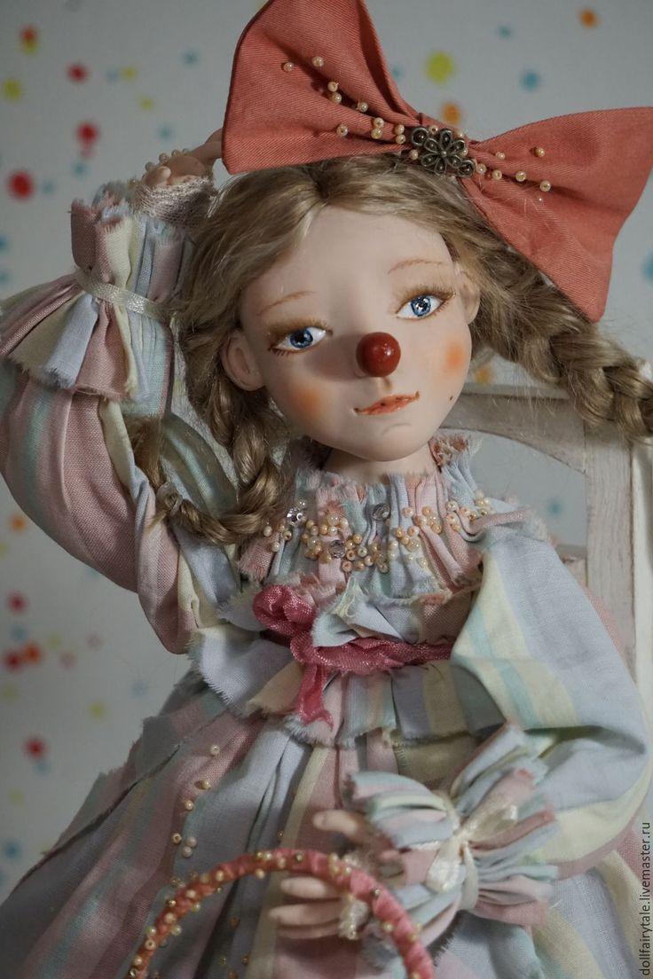 Купить Клоунесса - кремовый, голубой, цирк, клоун, клоуны, клоунесса, грустный, образ, нежность