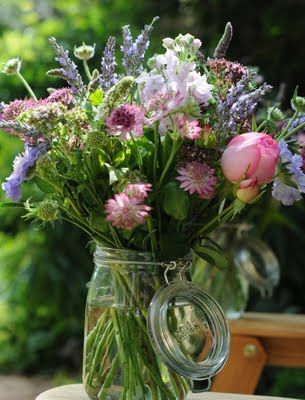 kilner jars & english summer flowers